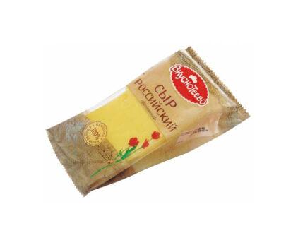 Сыр Вкуснотеево Российский 50% 200гр.